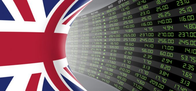 Outlook Pounds Pasca Pidato Powell