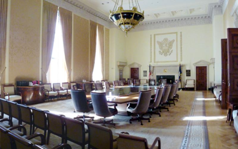 Menanti FOMC, Anggota Komite Cenderung Hawkish